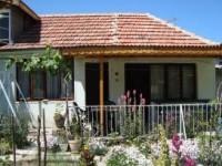 Къща Николови