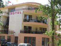 Семеен хотел Съни Парадайс