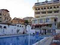 Хотел Лагуна