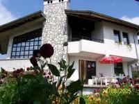 Семеен хотел Йовчеви