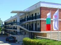 Хотел Заря