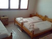 Семеен хотел Яни