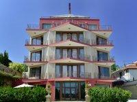 Хотел Елинис